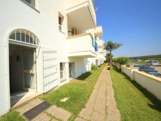 Bilo 2 posti 1° piano Zeus RESIDENCE RIVA MARE - Torre Mozza vacation rentals