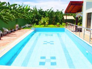 Nice 3 bedroom Farmhouse Barn in Coimbatore - Coimbatore vacation rentals