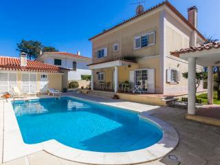 Villa Girassol - Costa Sul de Lisboa - Charneca da Caparica vacation rentals