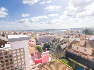 PI2- Superb views, Terrace, AC, Central heat - Lisbon vacation rentals