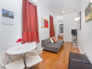 Sunny Manhattan Village apt for3-Stay like a local - New York City vacation rentals