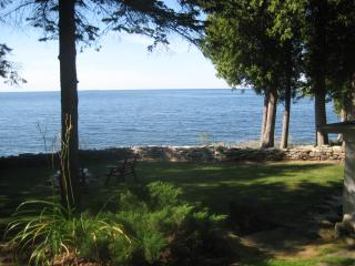 Lovely 2 bedroom House in Egg Harbor with Internet Access - Egg Harbor vacation rentals