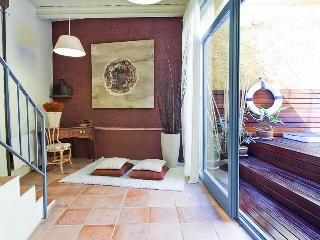 Casa Ullastret. 15kms to the Costa Brava beaches - Peratallada vacation rentals