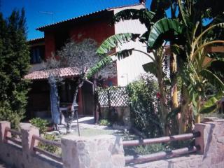 Cozy 2 bedroom Castiadas Villa with A/C - Castiadas vacation rentals