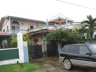 Perfect House with Internet Access and Parking Space in Belmopan - Belmopan vacation rentals