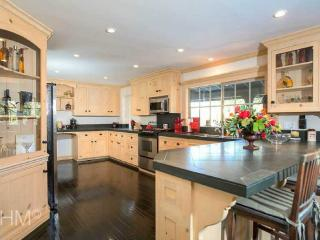 5 bedroom House with Game Room in Lake Arrowhead - Lake Arrowhead vacation rentals