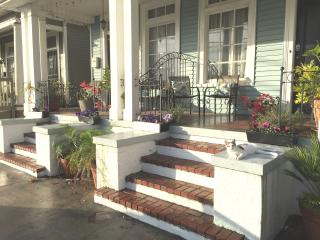 Historic Algiers Point, Minutes to French Quarter - New Orleans vacation rentals