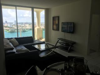 beautiful corner unit with water view, top floor - Sunny Isles Beach vacation rentals