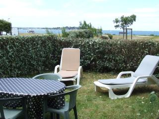Appartement au bord de la  mer avec rez-de-jardin - Lancieux vacation rentals