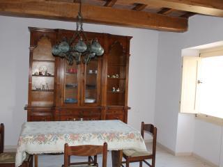 Comfy apartment below the Cucco - Sigillo vacation rentals