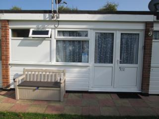 PBK Hemsby 172 Bel Holiday chalet to let in Hemsby - Hemsby vacation rentals