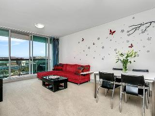 SX339 - 1BR, Great Location, Modern with CBD views - Sydney vacation rentals