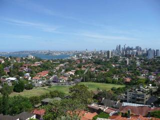 WY607 - Refurbished, neat, tidy studio with views - Neutral Bay vacation rentals