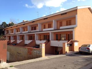 3 bedroom Bed and Breakfast with Internet Access in Porto Torres - Porto Torres vacation rentals
