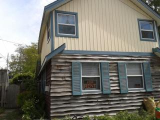 Stay and Play in this Great 3 Bedroom Cottage! - Grand Bend vacation rentals