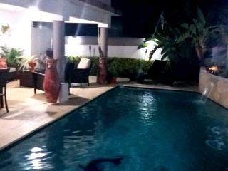 Cozy house with BBQ and Private Pool - Bayamon vacation rentals
