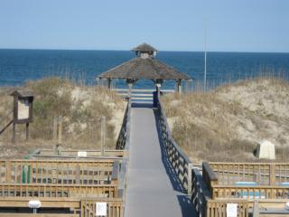 Sweet villa 650 Ft to Ocean - Corolla Light Resort - Corolla vacation rentals