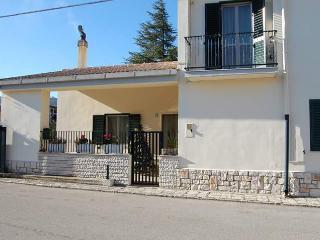 Romantic 1 bedroom Villa in Matera with Internet Access - Matera vacation rentals