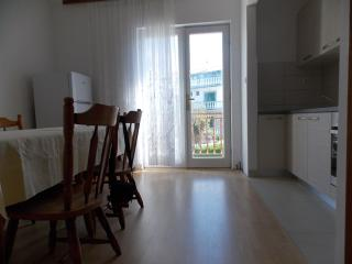 Nice Apartment with Internet Access and A/C - Palit vacation rentals