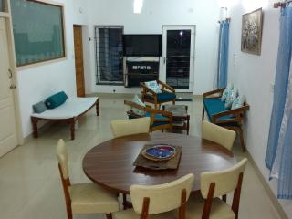 Mel Ville Serviced Apartment 3 BHK U1 Pondicherry - Pondicherry vacation rentals