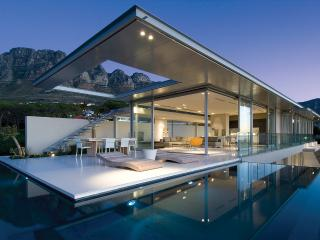 Architectural Masterpiece 5-Star Villa in Camps Bay - Camps Bay vacation rentals