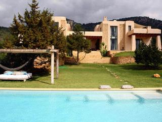 Nice Villa with Television and Water Views - Menaggio vacation rentals