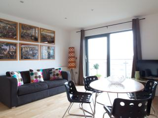 Regents Canal Apartment - London vacation rentals