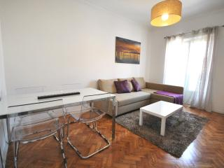 Beautiful Appartment in front of Tagus - Belem vacation rentals
