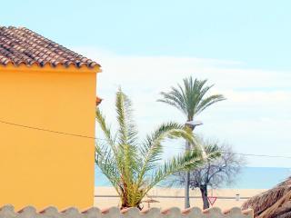 Nice Condo with Internet Access and A/C - Empuriabrava vacation rentals