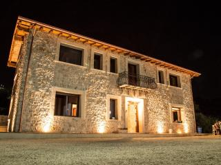 Nice Manor house with Internet Access and Housekeeping Included - Sonnino vacation rentals