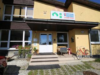 Nice 5 bedroom Guest house in Vysoke Tatry - Vysoke Tatry vacation rentals