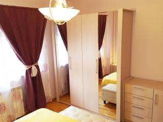 Korona Old Town Apartments - Golden Union Suite - Bucharest vacation rentals