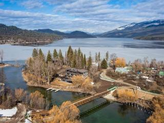 Downtown Riverfront NEW w/dock, fire pits, garage - Whitefish vacation rentals