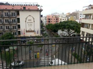 Ocean view, 2 bedrooms, Las Americos - Arona vacation rentals