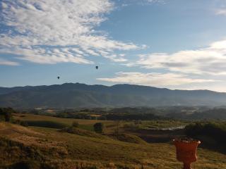 Tenuta i Lecci di Gurian Roberta - Il Cipresso - Terranuova Bracciolini vacation rentals