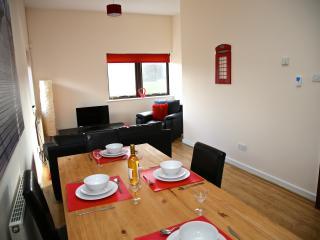 Nice 2 bedroom Apartment in Bedford - Bedford vacation rentals