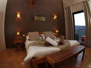 Chambre d'hotes 2 personnes avec piscine chauffée - Beaumont vacation rentals