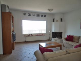 lovely family home in nature, near the beach - Katsarou vacation rentals
