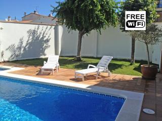 Family holiday home for rent in la Escala - L'Escala vacation rentals
