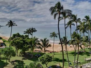 2 Bedroom Beautiful Oceanfront Mana Kai Maui Condo - Kihei vacation rentals