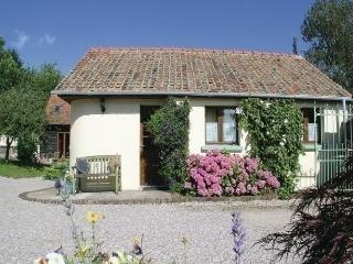 Lovely House with Short Breaks Allowed and Long Term Rentals Allowed - Campigneulles-les-Grandes vacation rentals