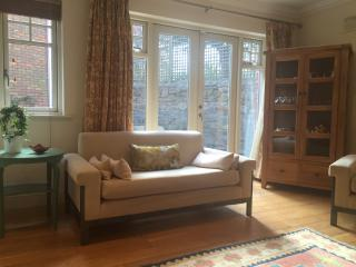 Beautiful 3 Bedroom in D4 near RDS and Aviva - Sandymount vacation rentals