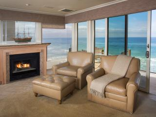 2 bdrm.True Oceanfront, watch waves crash on sand. - Laguna Beach vacation rentals