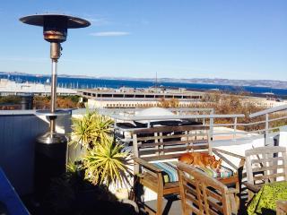 Cozy Condo with Internet Access and Television - San Francisco vacation rentals