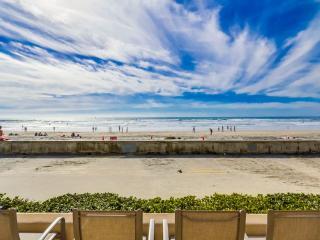 Wow! 4br+4ba *75' Ocean Frontage* - Pacific Beach vacation rentals