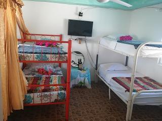 Comfortable 1 bedroom Vacation Rental in Contadora Island - Contadora Island vacation rentals