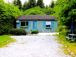 Nice 2 bedroom Loch Ness Cabin with Deck - Loch Ness vacation rentals