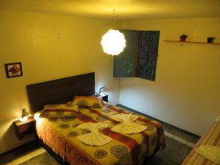 Pousada com Águas Termais na Chapada dos Veadeiros - Colinas do Sul vacation rentals