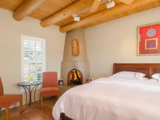 Luxury in Ojo Caliente, Casita San Juan - Ojo Caliente vacation rentals