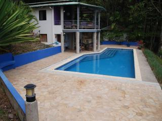 House on the top of the hill - Dominical vacation rentals